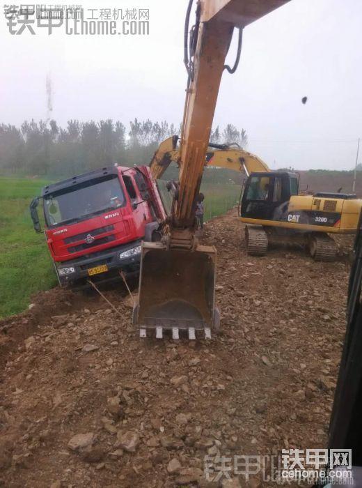 你更鐘意哪個?卡特320D GC挖掘機PK三一195C挖掘機