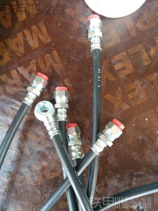 小松的液压管,只要你说准安装位置,高仿管随时都可以买到,小松60液压管不容易坏,徐 ...
