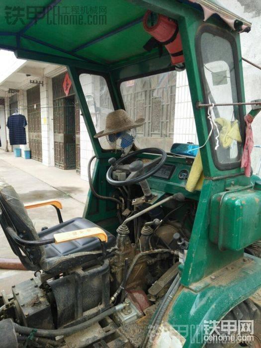 拖拉機-帖子圖片
