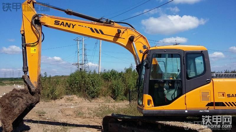 三一重工 SY135-8S 二手挖掘机价格 26.8万 4600小时帖子图片