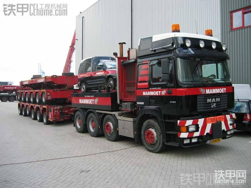 MANF2000拖头/Goldhofer10轴拖板(MAMMOET涂装)