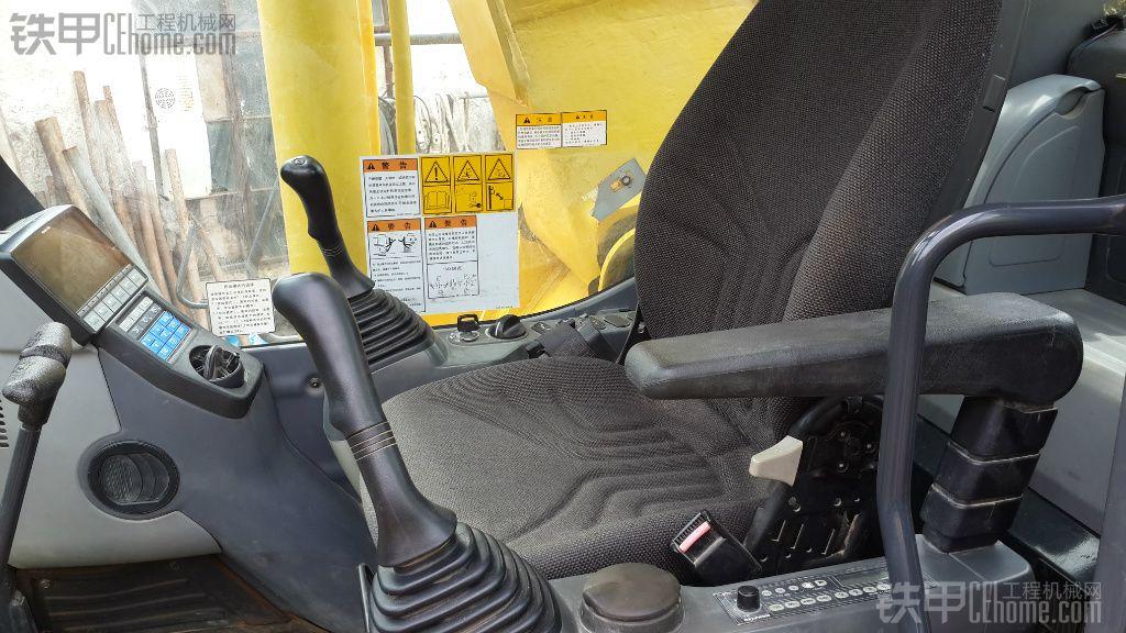 小松 PC200-8 二手挖掘机价格 56万 3120小时