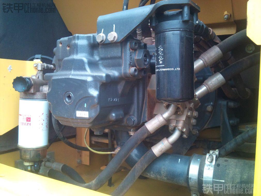 小松 PC240LC-8 二手挖掘机价格 63万 3310小时