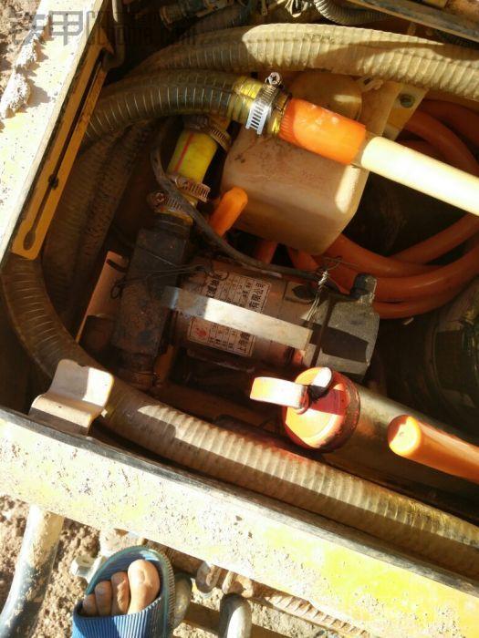 还有抽油泵,方便很多