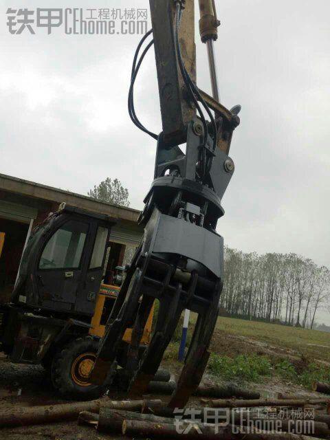 小松120安装抓木器,液控原装双阀