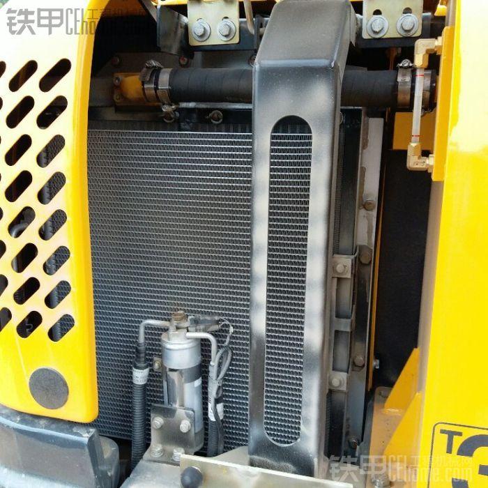 柳工906d新机加装柴油泵