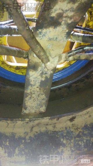 小松130-7旋转内油封自己安装