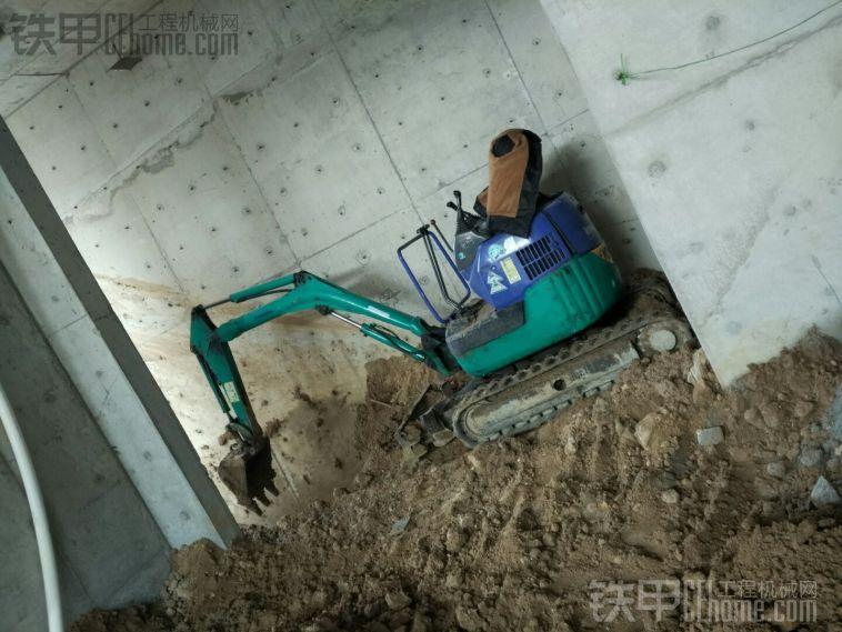 小松15微挖
