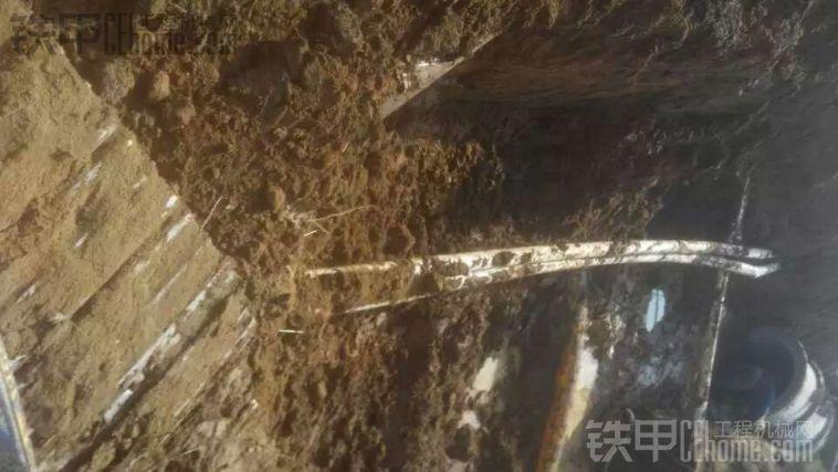鸭梨山大 专业探管掏光缆,迟早要上天。