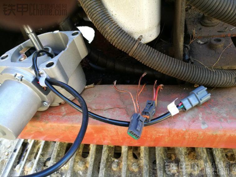 谁有日立zx120-6油门电机接线图