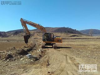 柳工920D挖掘机使用报告