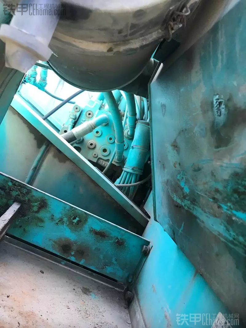 神钢 SK200-8 二手挖掘机价格 33万 4000小时