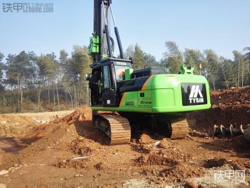 开工了,全新卡特底盘旋挖钻机进场