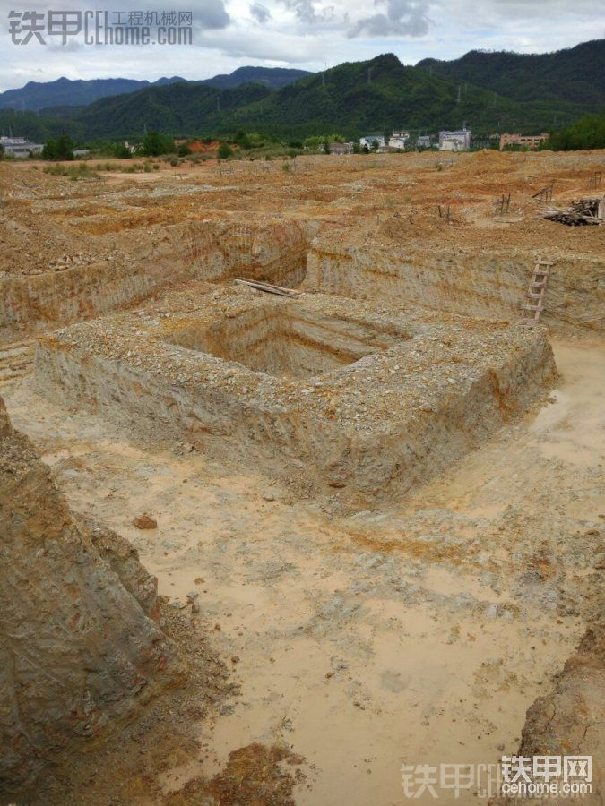 古墓发掘?