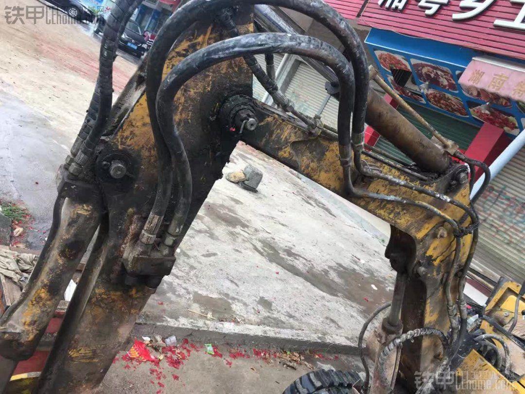 玉柴 YC13-6 二手挖掘机价格 2.6万 7000小时