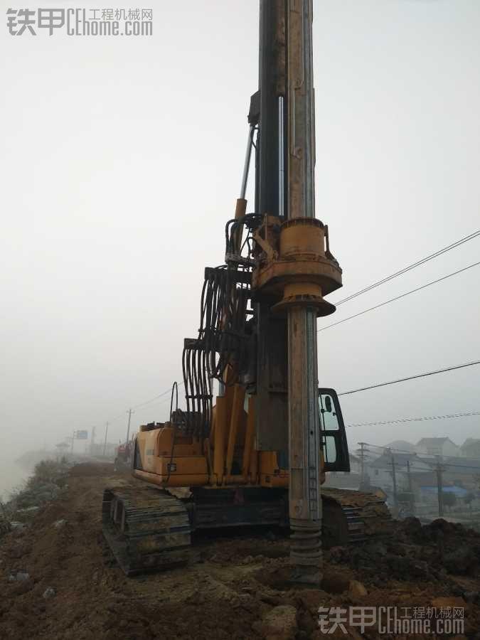 旋挖钻机施工--我的桩基英雄