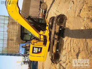 卡特彼勒307E2挖掘机提车作业
