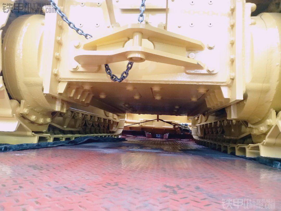 添加新丁山推DH17全液压推土机