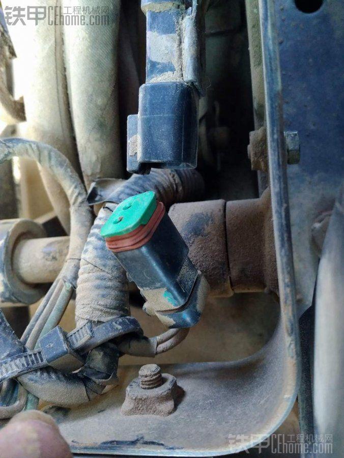 求购小松55液压安全锁开关!