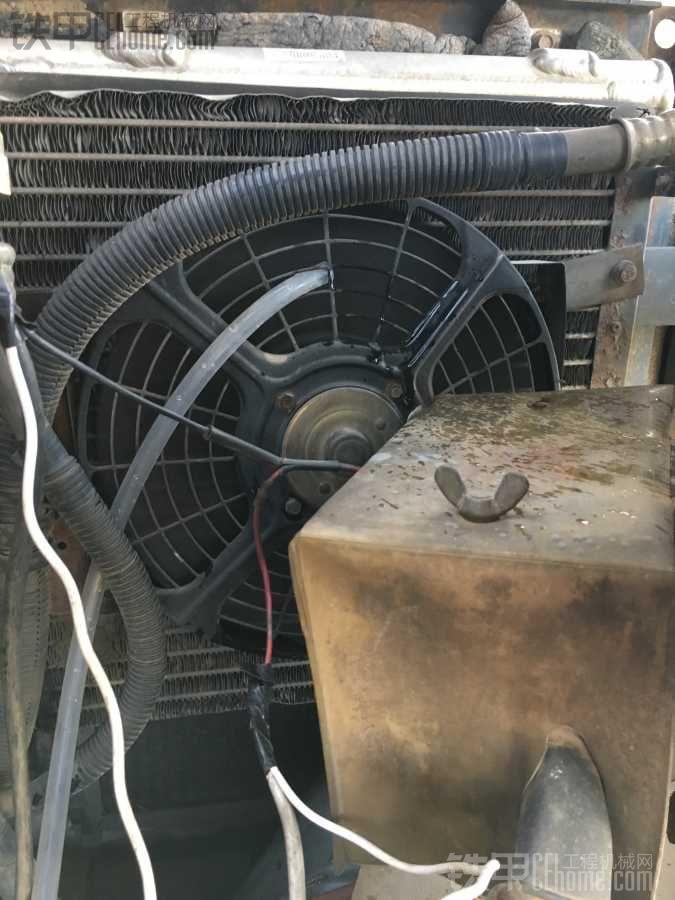 利用空调水解决高温