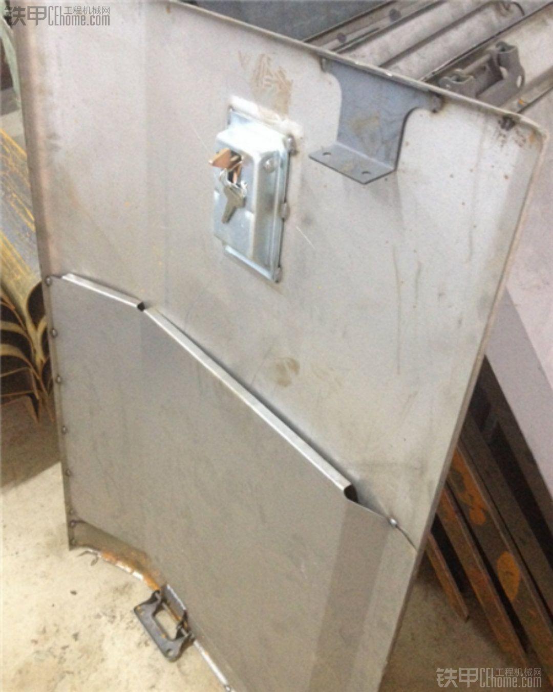 小松360-7挖掘机泵门/挖掘机边门