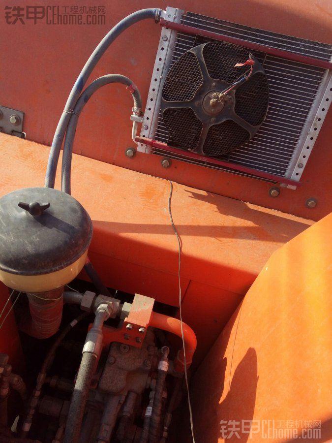 我在机盖用钻钻了4个小空来固定蒸发箱,下面用木块垫底,风是从机盖往外吸,接线的时候 ...
