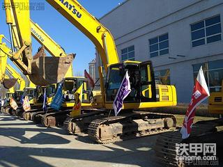 挖机使用新模式---新机租赁