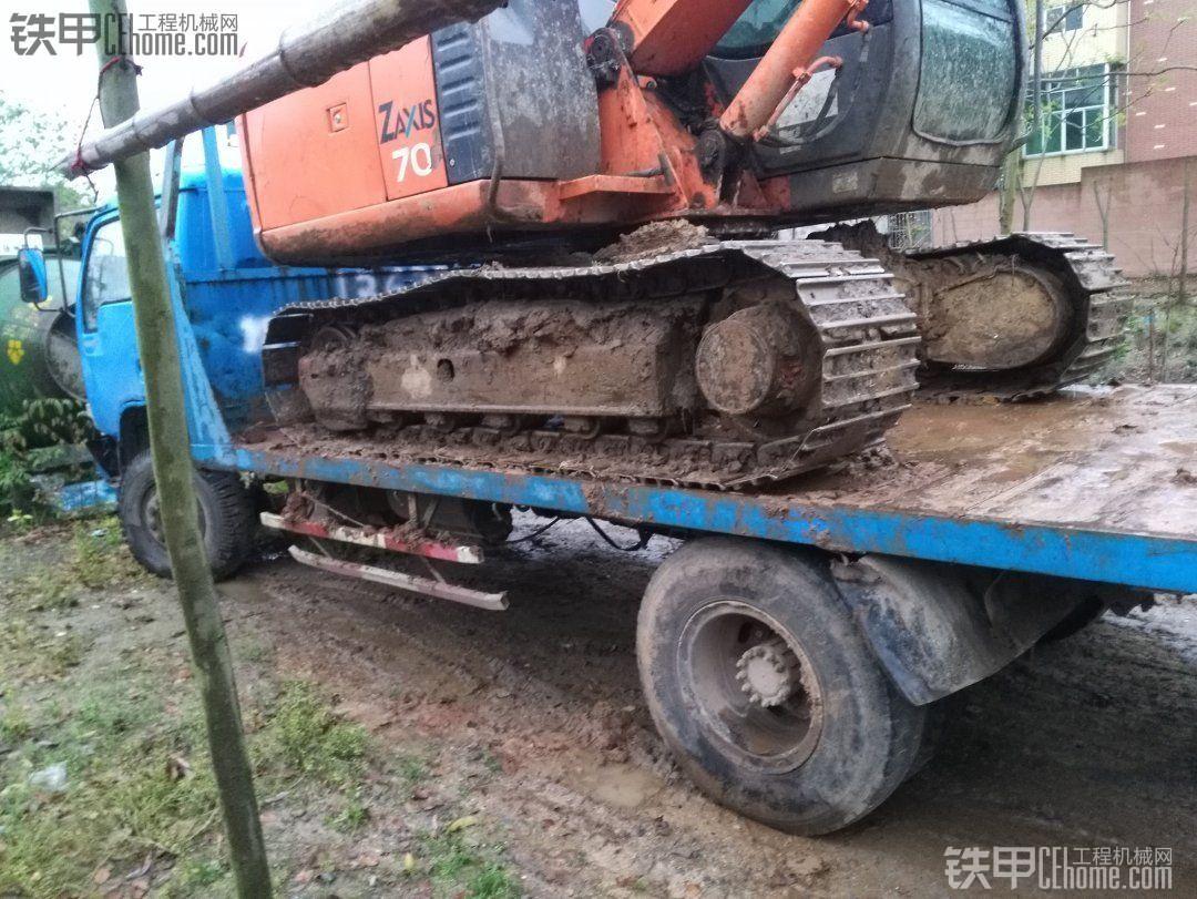 小挖拖车出售小鸡