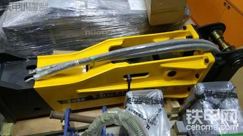 承接破碎锤维修保养,管路安装!