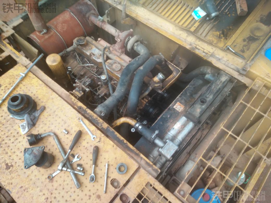 卡特320c机油压力报警