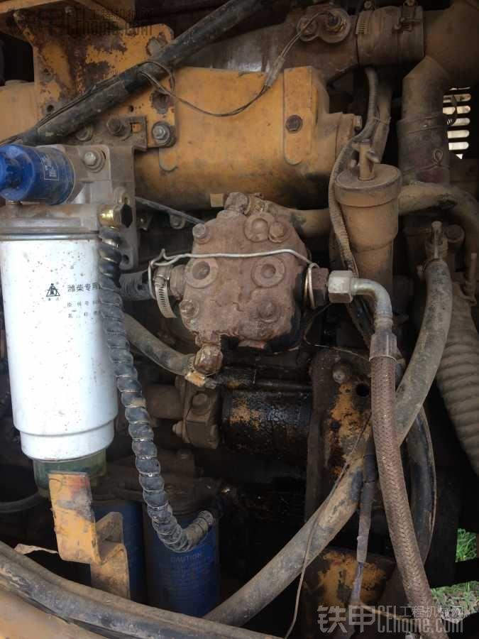 龙工855b空压机坏了