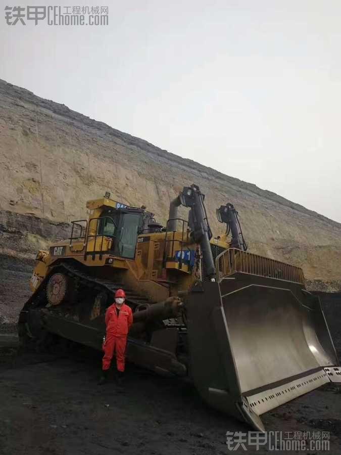 国内某矿山上的D11T