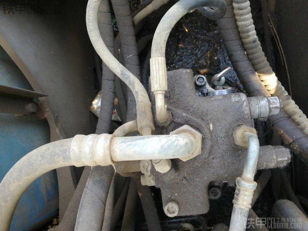 求购日立100-3旋转泵,泵盖。