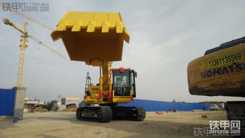 雙泵合流更耐用!喜提小松130-8M0挖掘機!