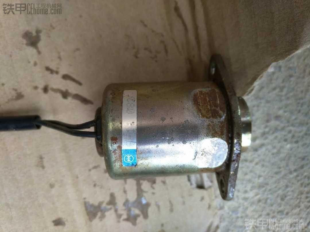 求购Wa320-5电磁阀