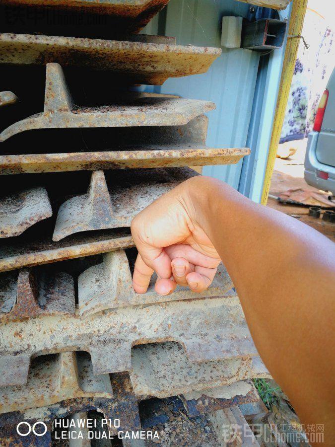 山推SD13的干地推土铲和链板有售