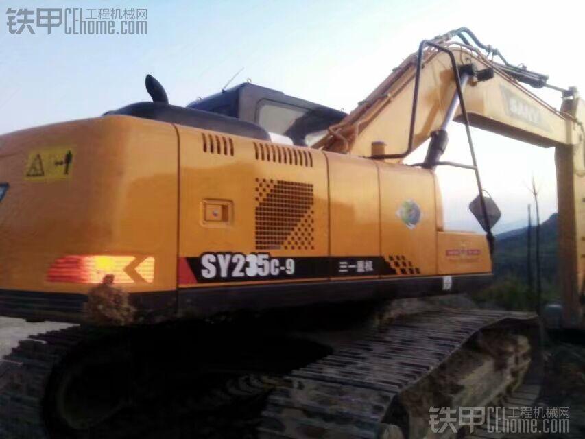 三一SY215C-9挖掘机3300H使用报告及油封更换记录