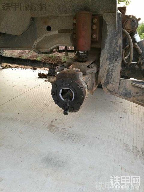 山东犀牛轮式挖机质量真垃圾 进来看图 免得以后上当