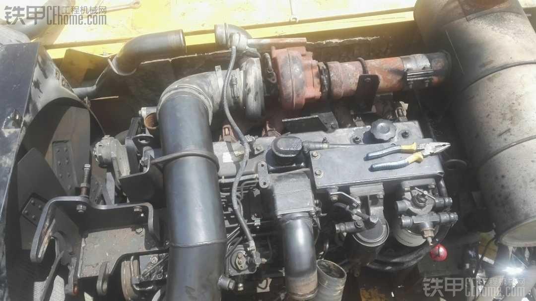 小松360-7发动机大修