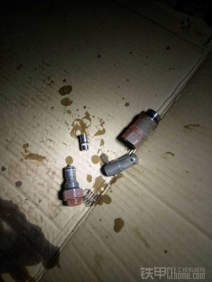 【大佬荣誉出品】8吨川崎液压泵之泄压维修