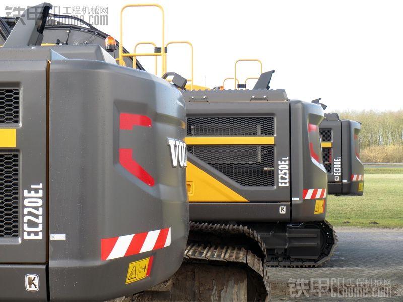 最新沃尔沃EC220E