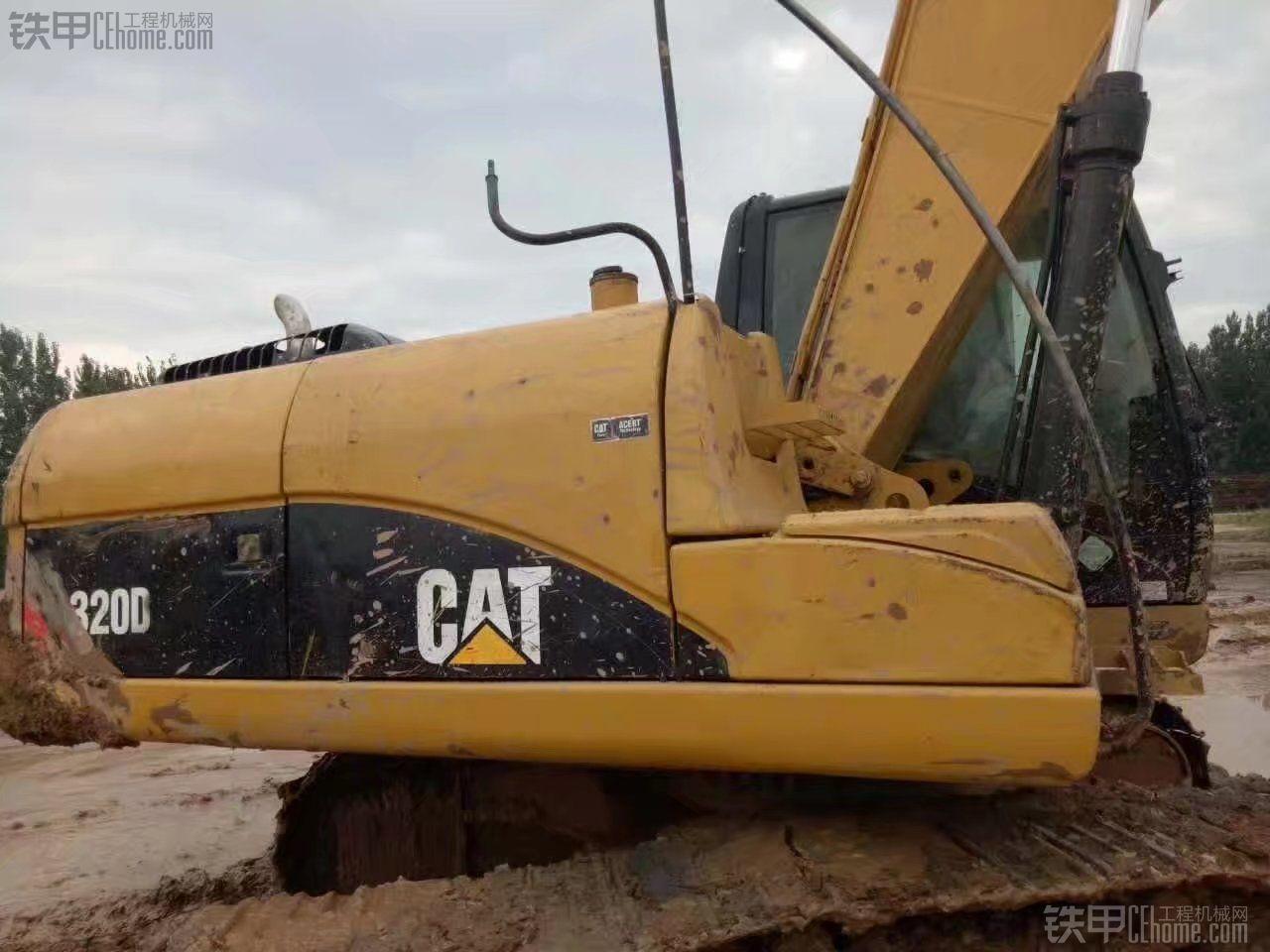 卡特彼勒 CAT320D 二手挖掘机价格 46万 7000小时