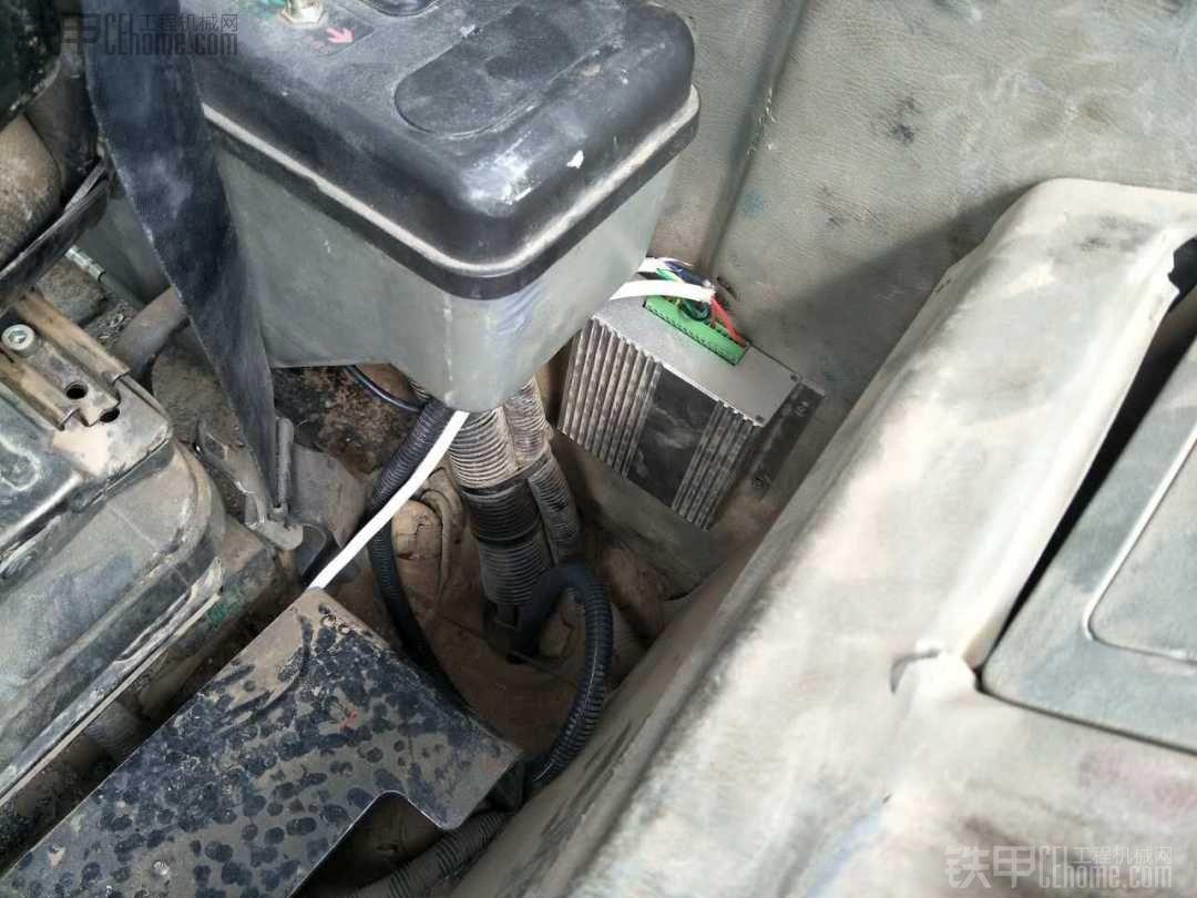 三一挖机改装电子油门后很酷!!