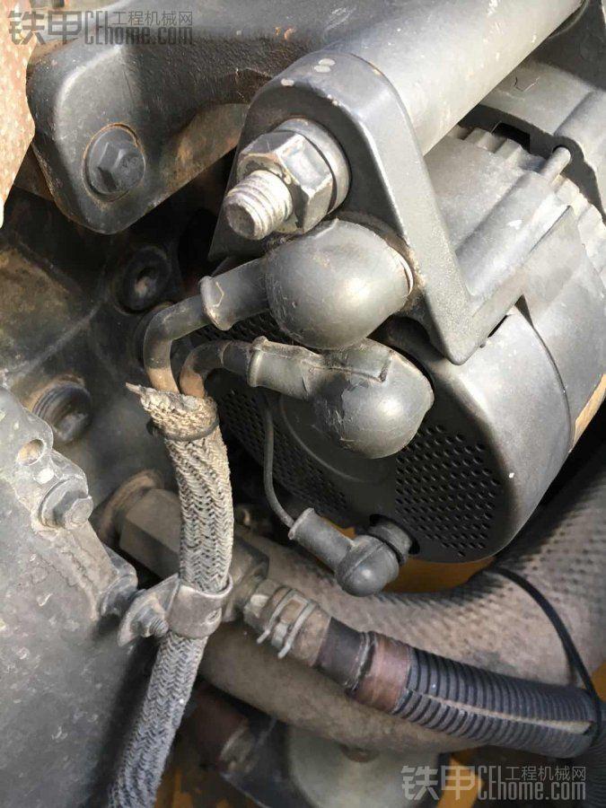 小松360拆掉发电机线后启动车,然后全车断电