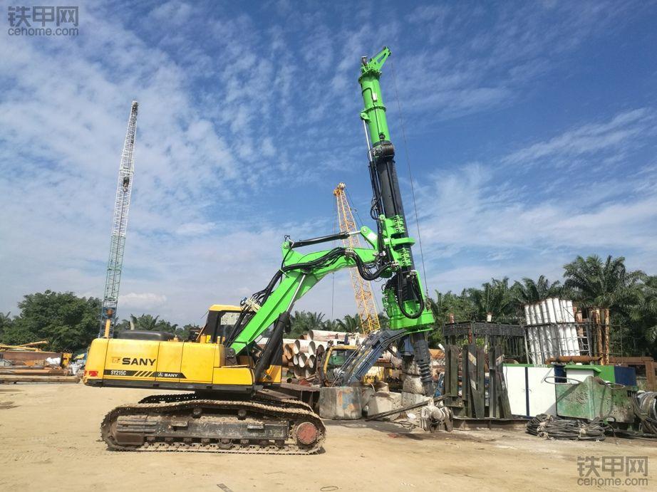 三一(SY215)挖机改旋挖钻机,省下买旋挖钻机的钱了