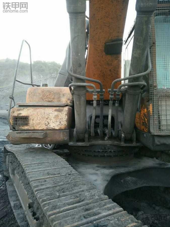 12年三一365h~8挖机出售