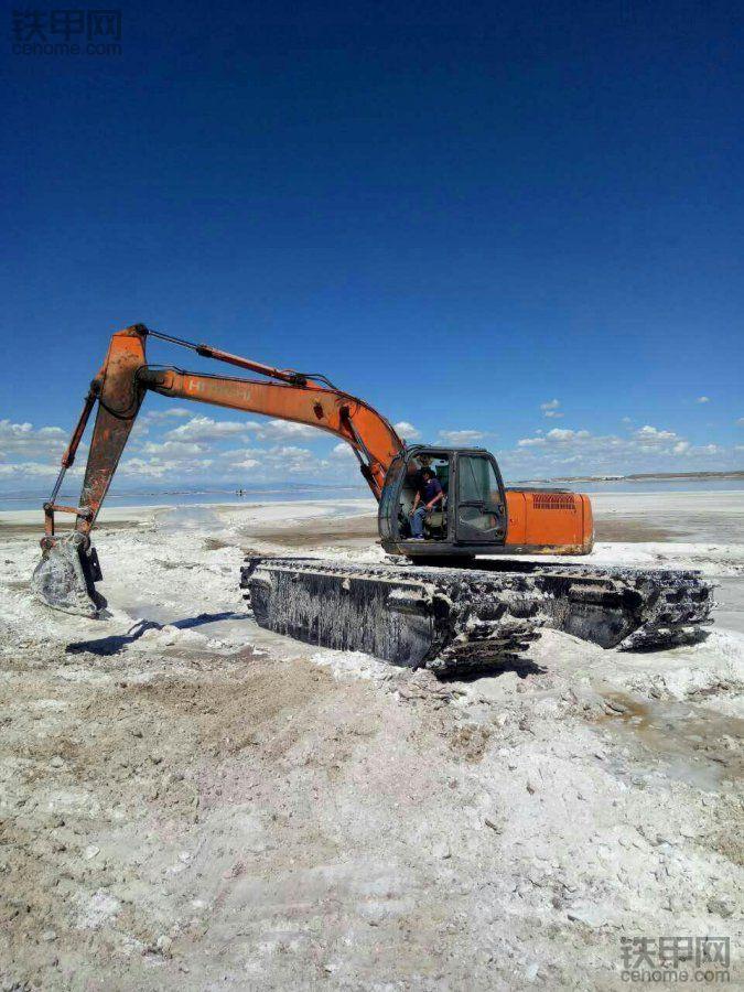 美丽的察尔汗盐湖!