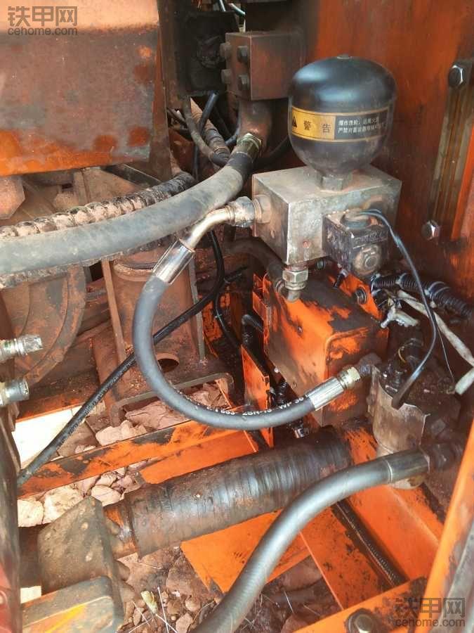 斗山dh220lc-7高温起火后续 修电路不求人!