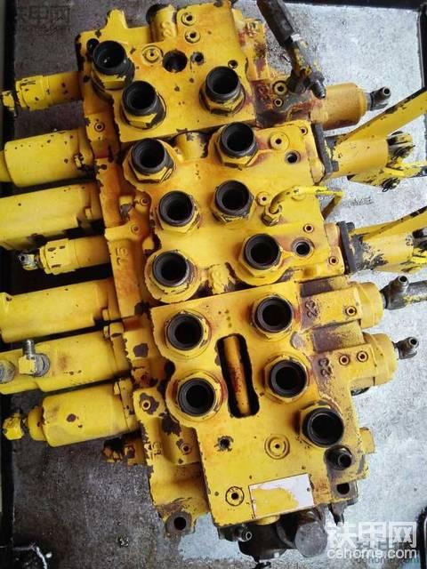 神刚200-2分配器维修加工