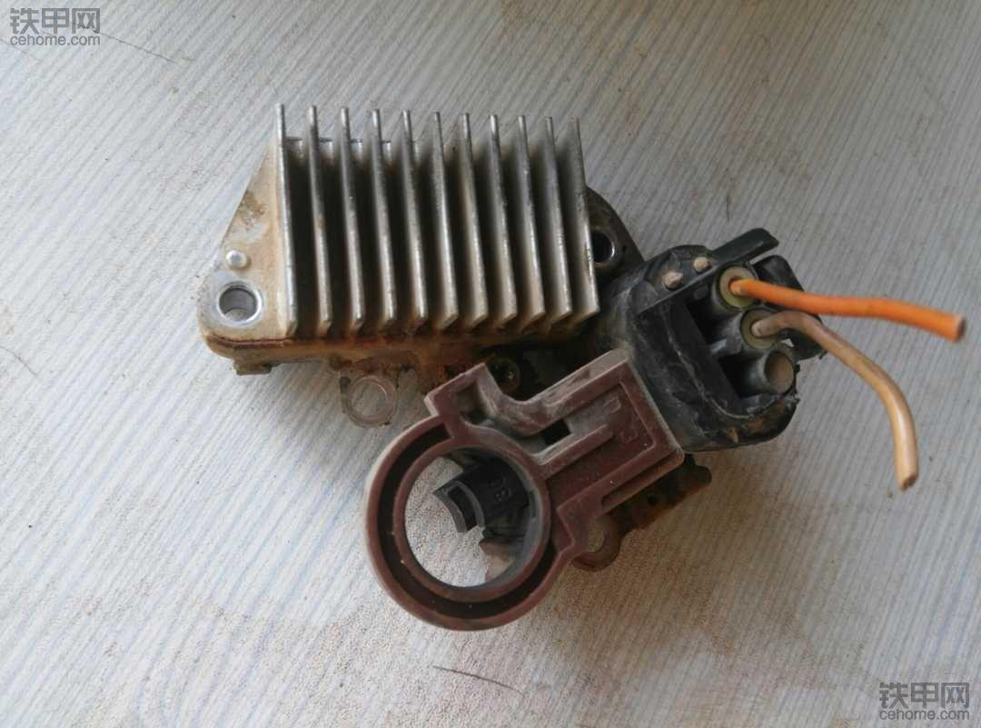 康明斯B3.3电装发电机不发电请教